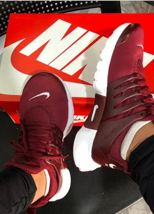 Tênis nike air presto bordo